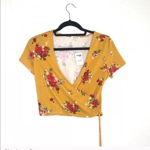 Charlotte Russe Brand New Floral Crop Top